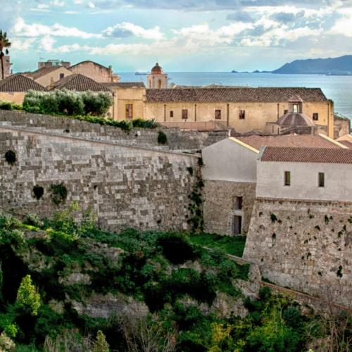 Sardegna, quasi un continente ...